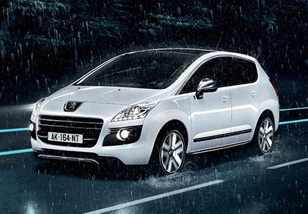 /image/13/9/peugeot_3008_hyb4_4rouesmotrices-960x460.12139.jpg