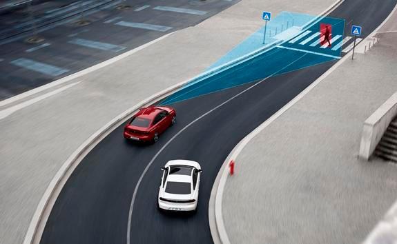Nouvelle berline PEUGEOT 508, freinage automatique d'urgence Active Safety Brake avec alerte au risque de collision Distant Alert