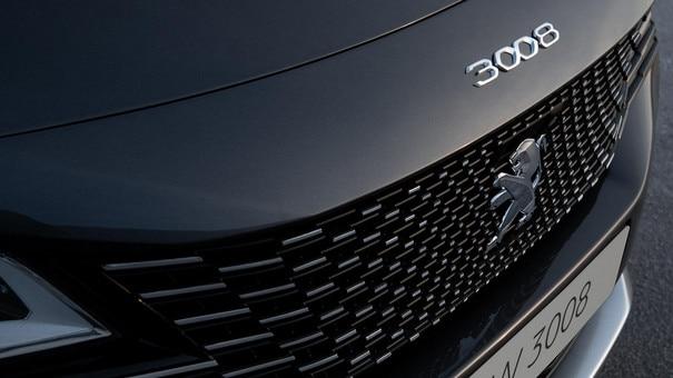 Nouveau SUV PEUGEOT 3008 - Nouvelle calandre sans cadre